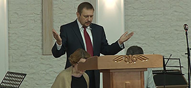 В церкви переизбрали пастора